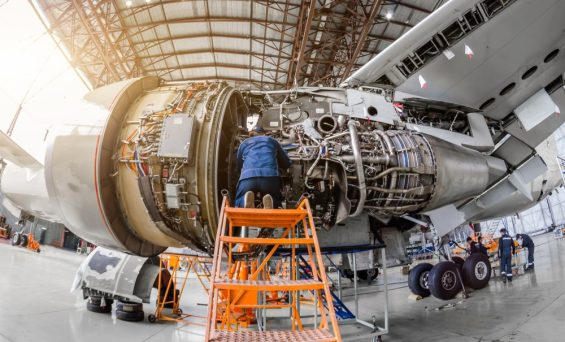 How To Kickstart Your Career In The Aircraft Engine Manufacturing Industry?