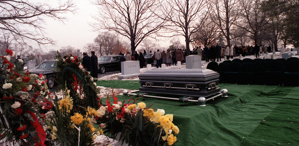 Benefits of Hiring Funeral and Burial Services in Edinburg, TX